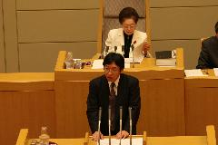 c66b78babd7e 公明党神戸市会議員団を代表して、平成19年度予算案等について質疑しました。「格差」の拡大が懸念される昨今、高齢者、障害者、母子家庭などの社会的弱者の実態調査  ...