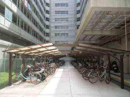 清新2丁目4号棟の駐輪場を整備しました。