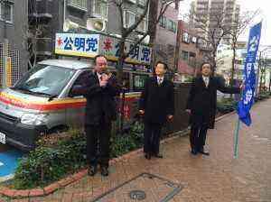 平井駅南口商店街での街頭