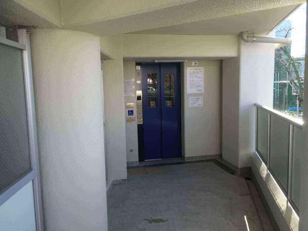 平井7丁目アパート3号棟エレベーター
