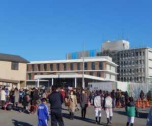 開会式場から見た増築棟