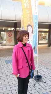 駅頭20151218