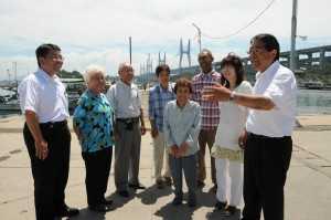 限定割引が拡充された岩黒、櫃石島両島の住民から喜びの声を聞く (2009年8月8日)