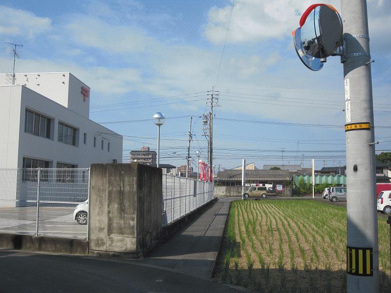 松山南郵便局南側L字角カーブミラー設置