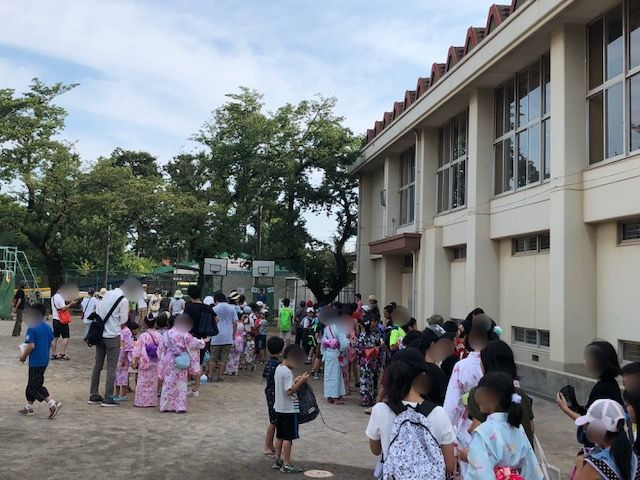 夏祭り(上石神井北小学校校庭)...