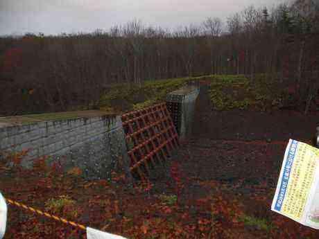 土石流災害を未然に防いだ、小水無沢第1砂防堰堤