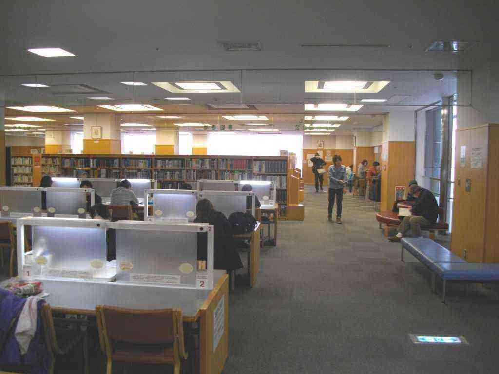 区立 図書館 足立