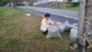DSC_0197扇山自治会境川河川敷草刈り202010 (4)