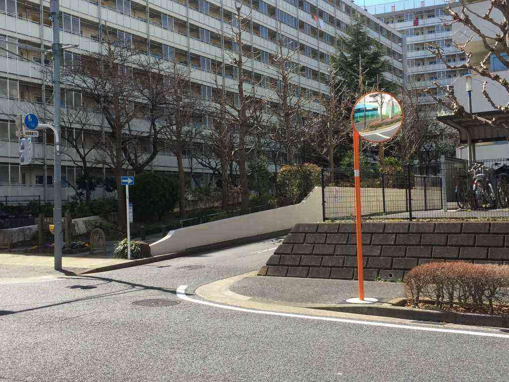 平井3都営・ミラー