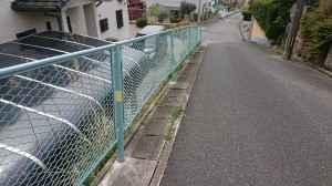 フェンスの補修(香椎駅東4丁目56番地付近)