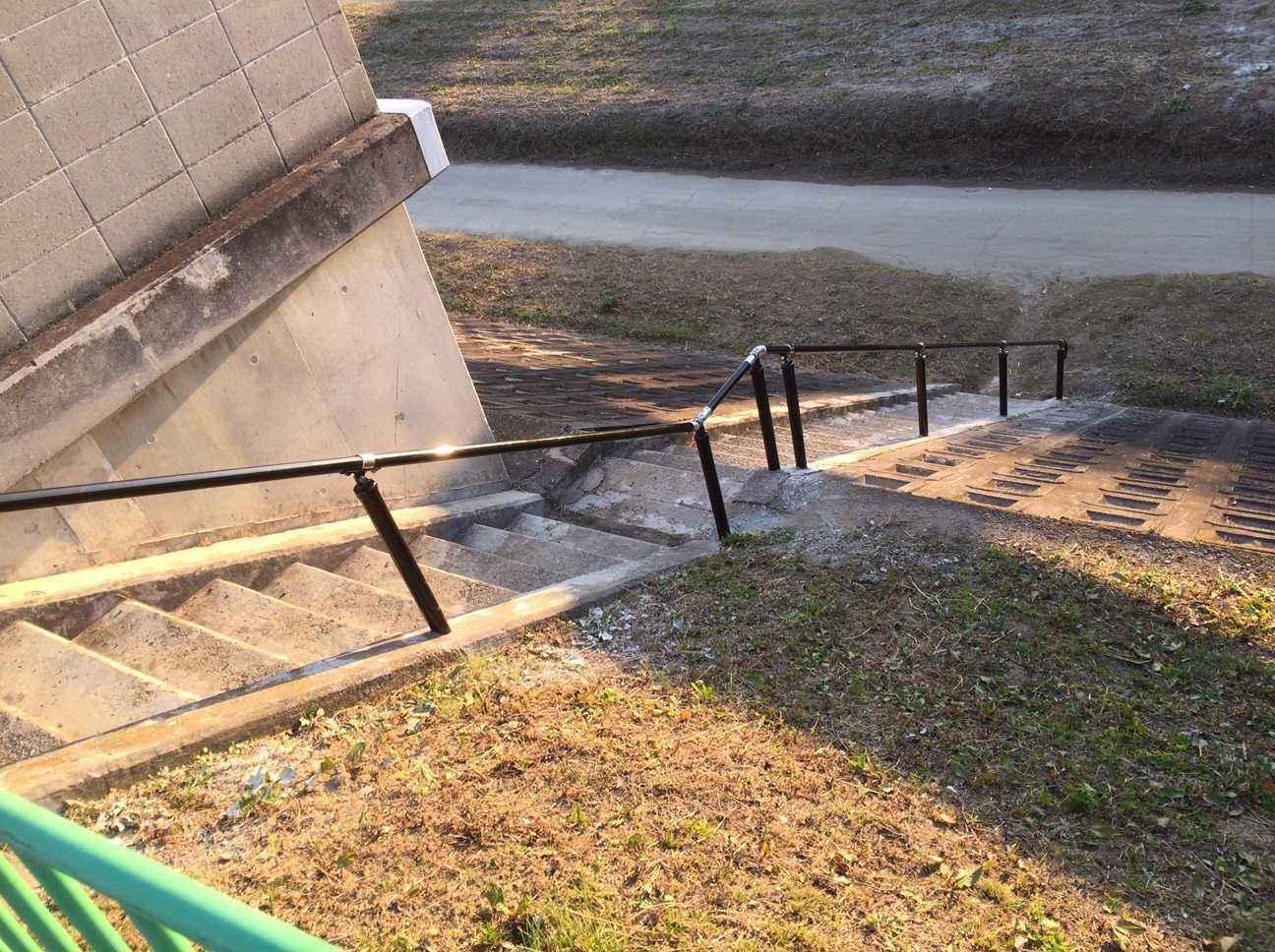 安威川・茨木川河川敷への手すりの設置