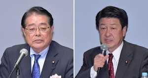 コメ政策について訴える石田政調会長(左)、稲津氏=2016年10月27日 都内