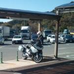 サービスエリア内のバイク専用駐車場