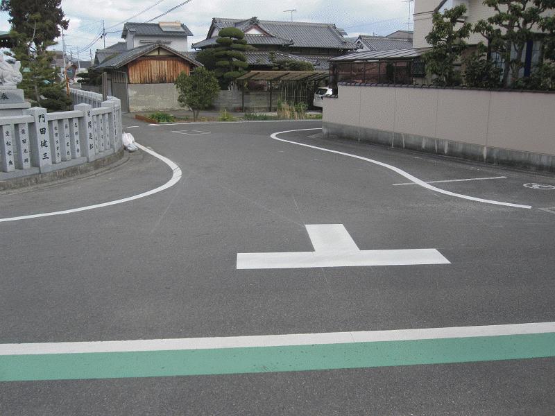 【浮穴12号線】【浮穴23号線】神社前T字路