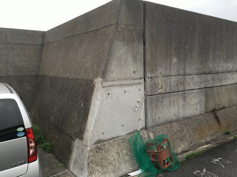 高浜の海岸防波堤の補修