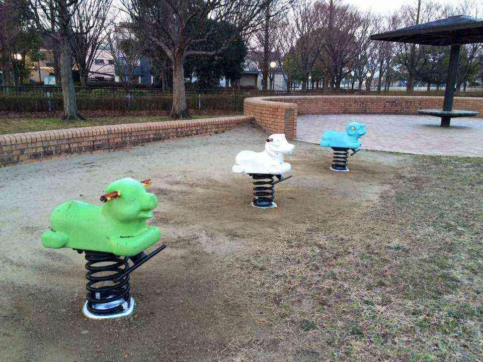 公園の遊具3