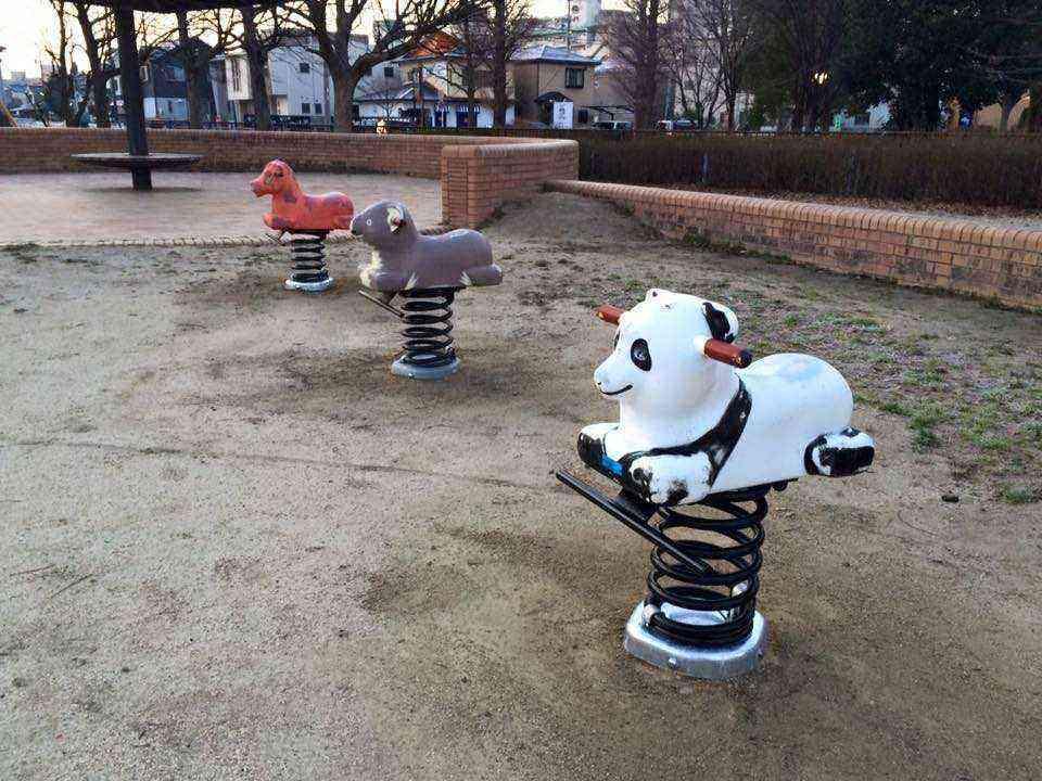 公園の遊具4
