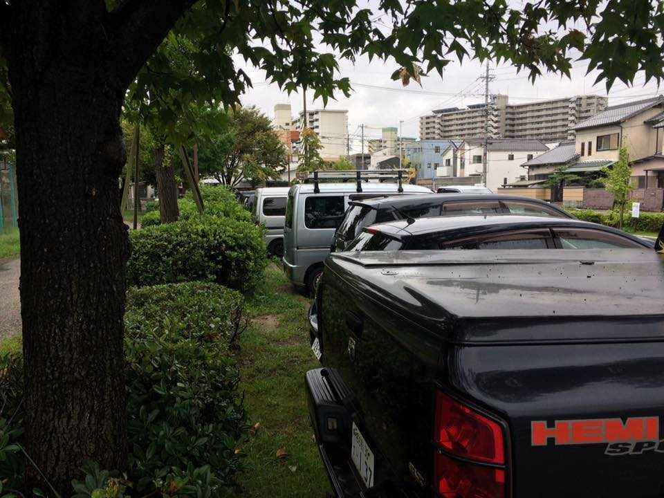 富田公園の違法駐車