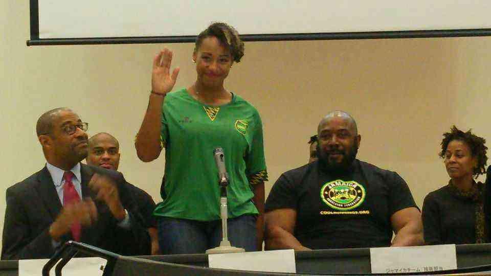 ジャマイカチーム パイロット ジャズミン・フェンレイター選手 Ms.Jazmine Fenlator