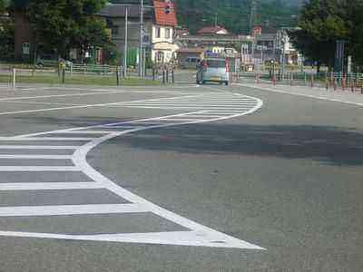 道路標示もハッキリ!