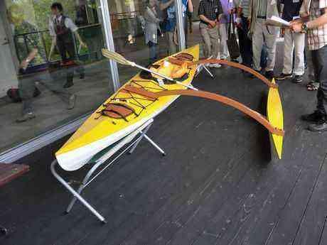 ソーラーボート〔カヤック)輝り(きらり)