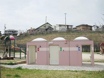 ⑤花野路中央公園トイレ1