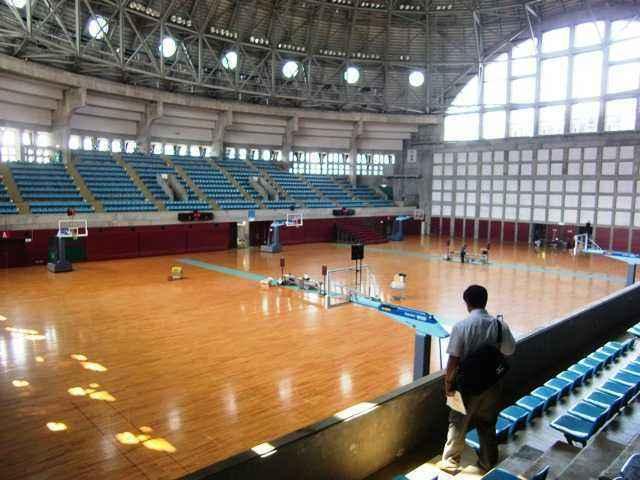 秋田市立体育館を視察しました。 : ブログ : 伊藤いわお website