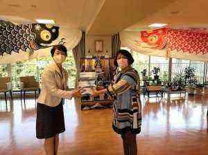 マスク贈呈at杜の郷