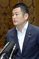 Kawano spoke at the Diet on Aug. 19