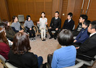 Sasaki meets with youth in Gifu Prefecture on Dec. 18