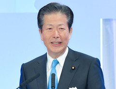 Yamaguchi speaks at the LDP national convention on Mar. 25