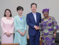 Komeito's Yamaguchi, Takeya and Furuya met with Gavi Chair Dr. Ngozi Okonjo-Iweala on Jul. 12