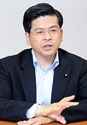 石井政調会長