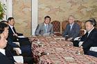 東電福島第1原発の汚染水問題などで議論した政府・与党協議会=26日 国会内