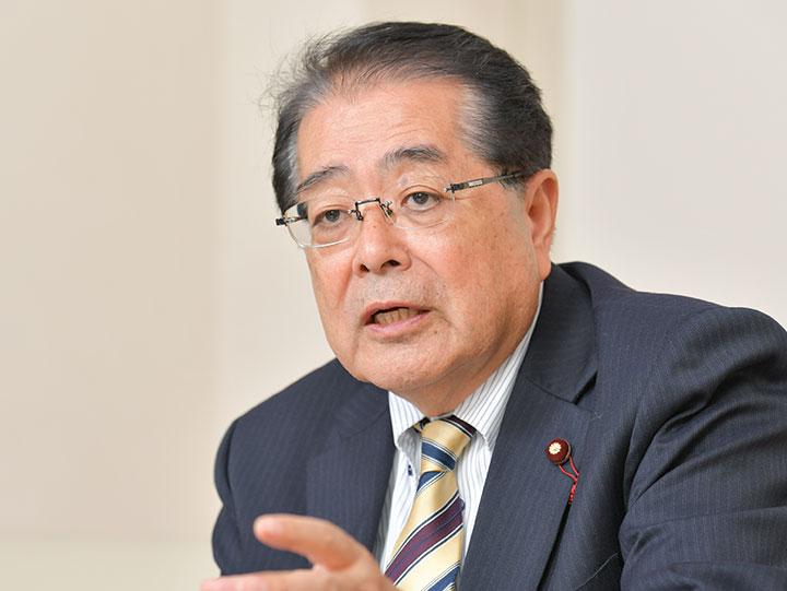 石田政調会長