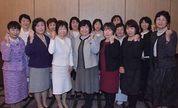 公明新聞拡大 疾駆した党滋賀県女性局