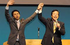 公明党への絶大な支援を訴える山口代表と谷あい氏