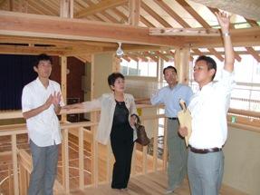西粟倉森の学校を訪問