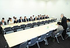 日本学術会議と意見交換する党合同会議