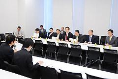 韓国での口蹄疫発生を受け、対応を協議する党対策本部