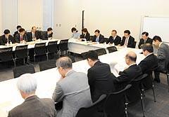新防衛大綱について議論する党外交安全保障調査会