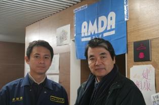 AMDA代表の菅波医師と