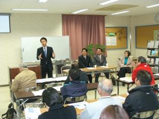 福吉岡山市議の会場で